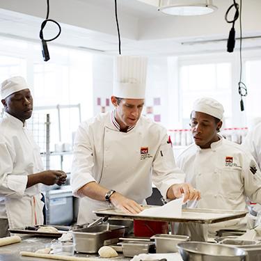 School Of Pastry Baking Arts Career Programs Ny Campus Ice